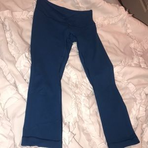 Lululemon wonder under cropped blue leggings 4